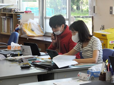 6年生:タブレットを使った学習 - 大分市立田尻小学校